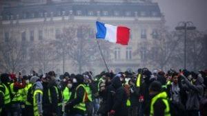 Manifestations Greves protestations islam gilets jaunes.jpeg